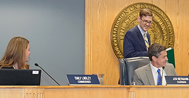 Commissioner Lindley and Chairman Niermann welcome Commissioner Janecka to the dais for the first time.