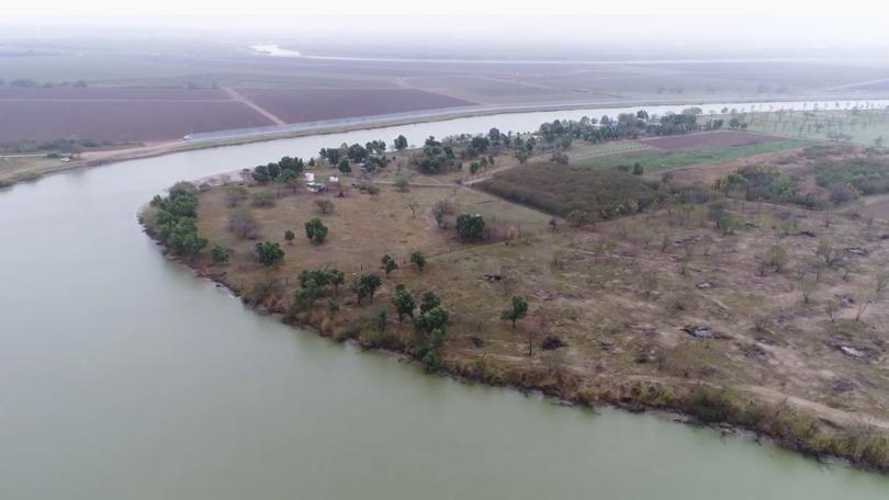 El Rio Bravo del Norte - The Fierce River of the North