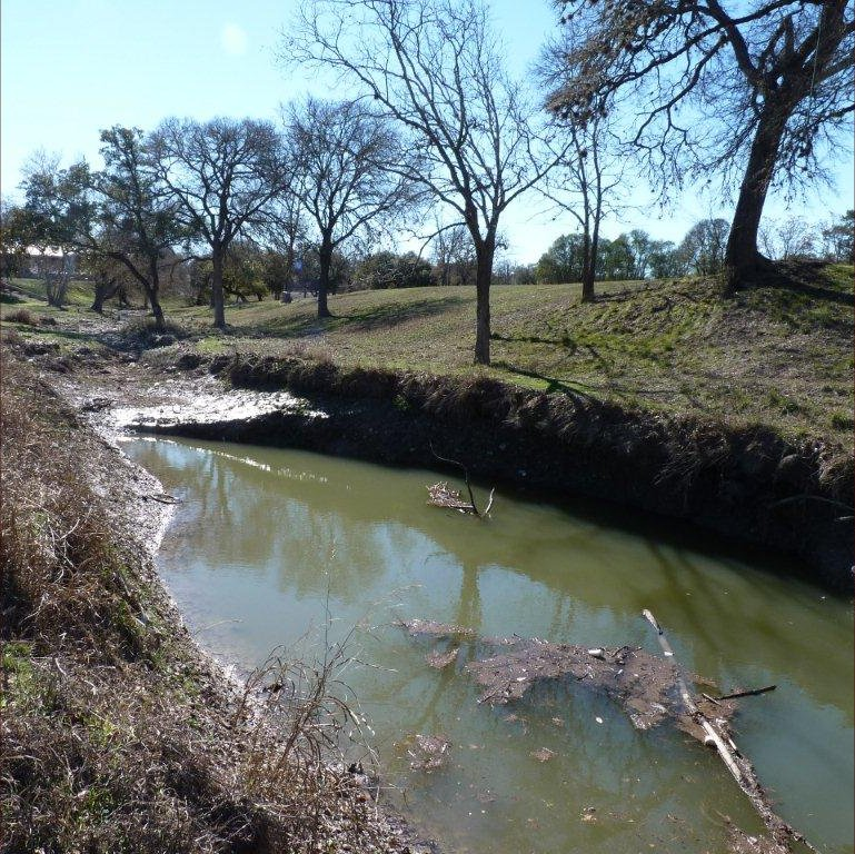 Quinlan Creek at Travis Street